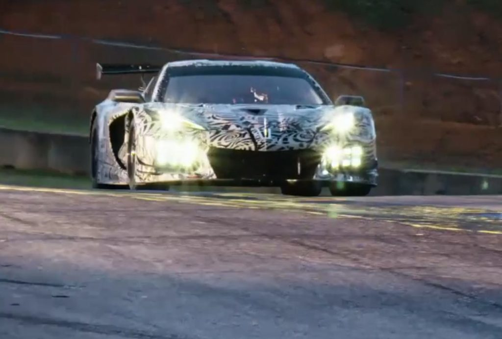 Chevrolet Corvette Stingray Convertible 2020 e Corvette C8.R: nuove anticipazioni [TEASER]
