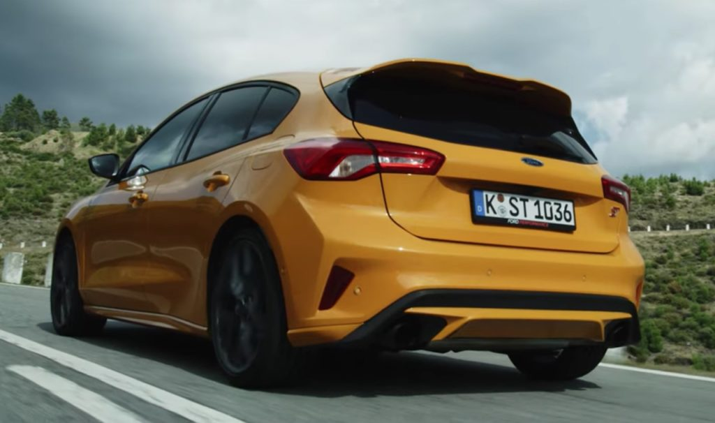 Ford Focus ST: in Portogallo sulla sinuosa strada N304 [VIDEO]
