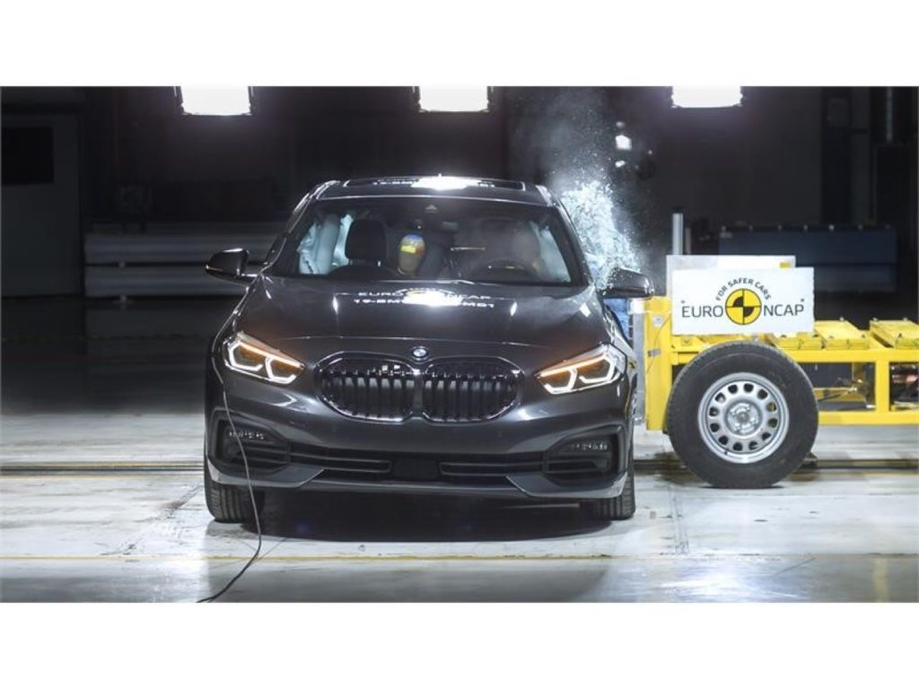 Nuova BMW Serie 1: cinque stelle nei test Euro NCAP 2019 [VIDEO]