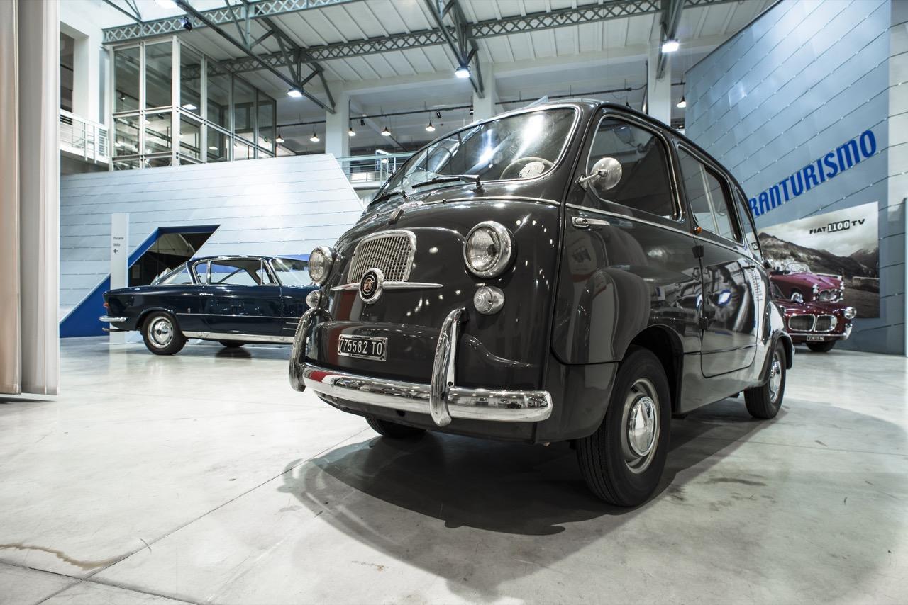 Fiat 600 Multipla Modello Caratteristiche Mostra Al V A Museum Di Londra