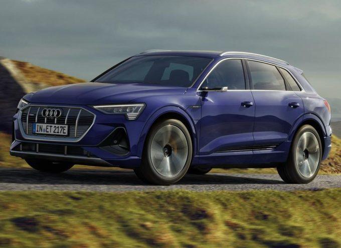 Audi e-tron: arriva l'update che porta 25 km in più d'autonomia al SUV elettrico