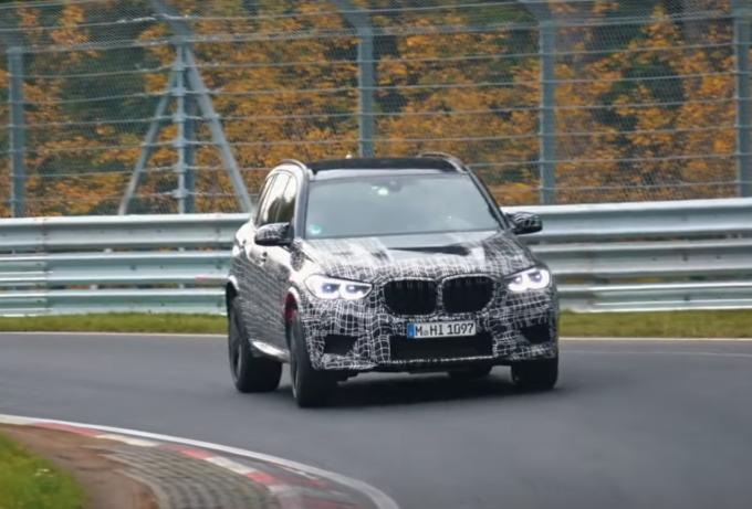 BMW X5 M 2020: al Nurburgring prosegue la messa a punto [VIDEO SPIA]