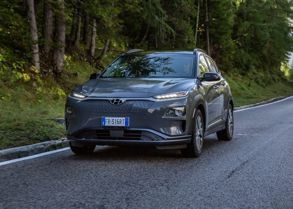 Hyundai Kona Electric: in promozione da 299 euro al mese con JuiceBox di Enel X inclusa