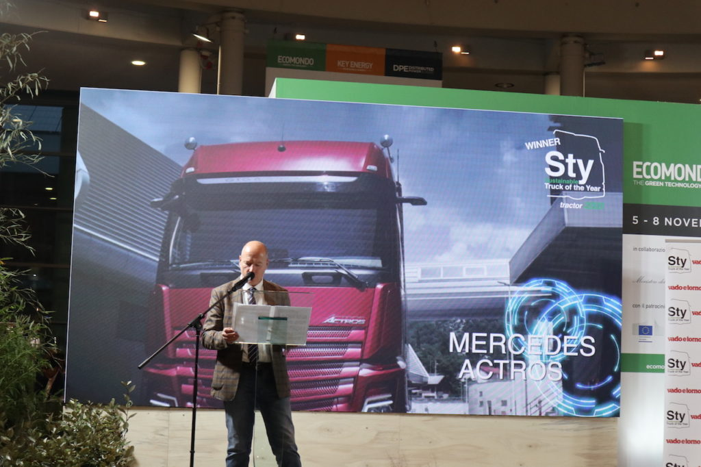 Mercedes-Benz Actros: premiato al Sustainable Truck of the Year 2020