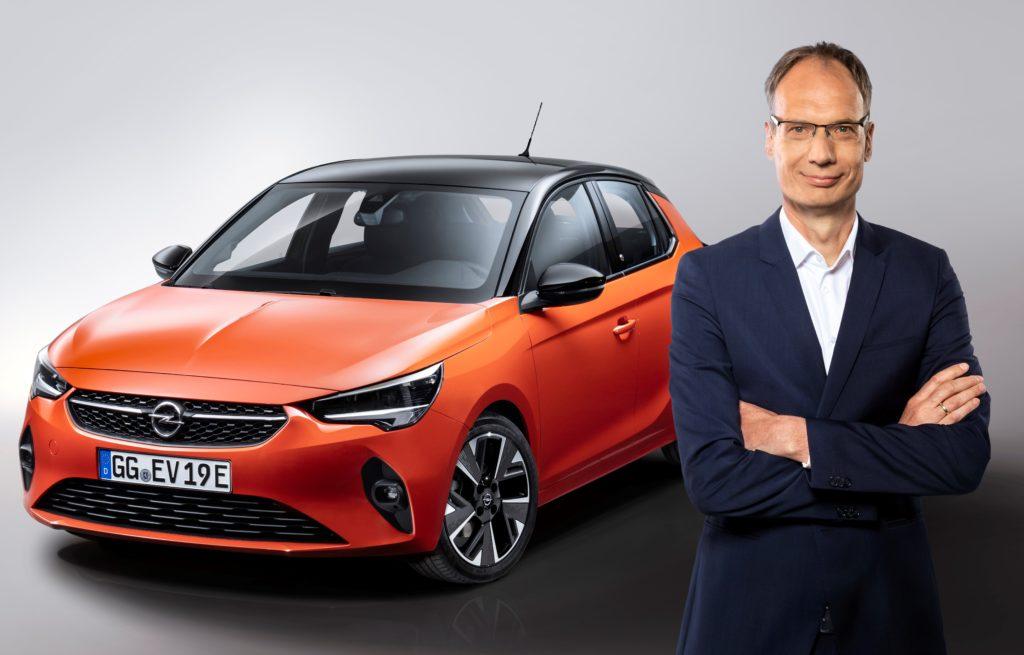 """Opel, il CEO Michael Lohscheller eletto """"Manager dell'anno 2019"""""""