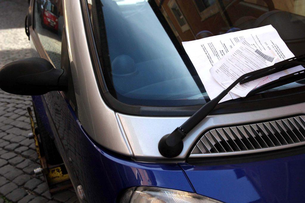 Multe stradali non pagate: lo spettro del pignoramento del conto corrente