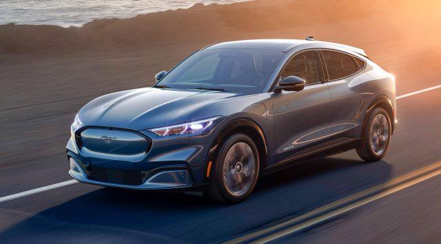Ford Mustang Mach-E 2020: il configuratore e la guida all'acquisto