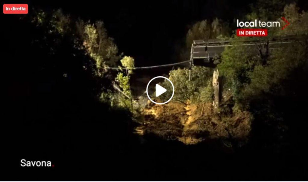 Crollati 30 metri di viadotto sulla Torino-Savona