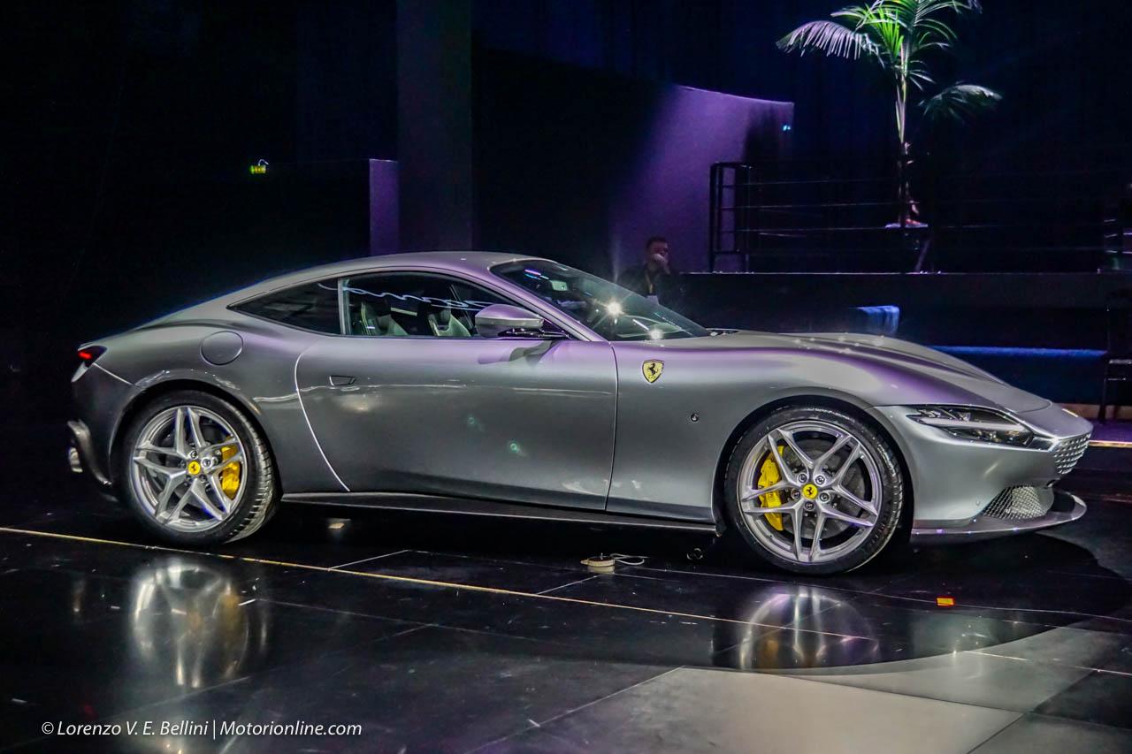 Ferrari Roma caratteristiche, foto, interni, motore