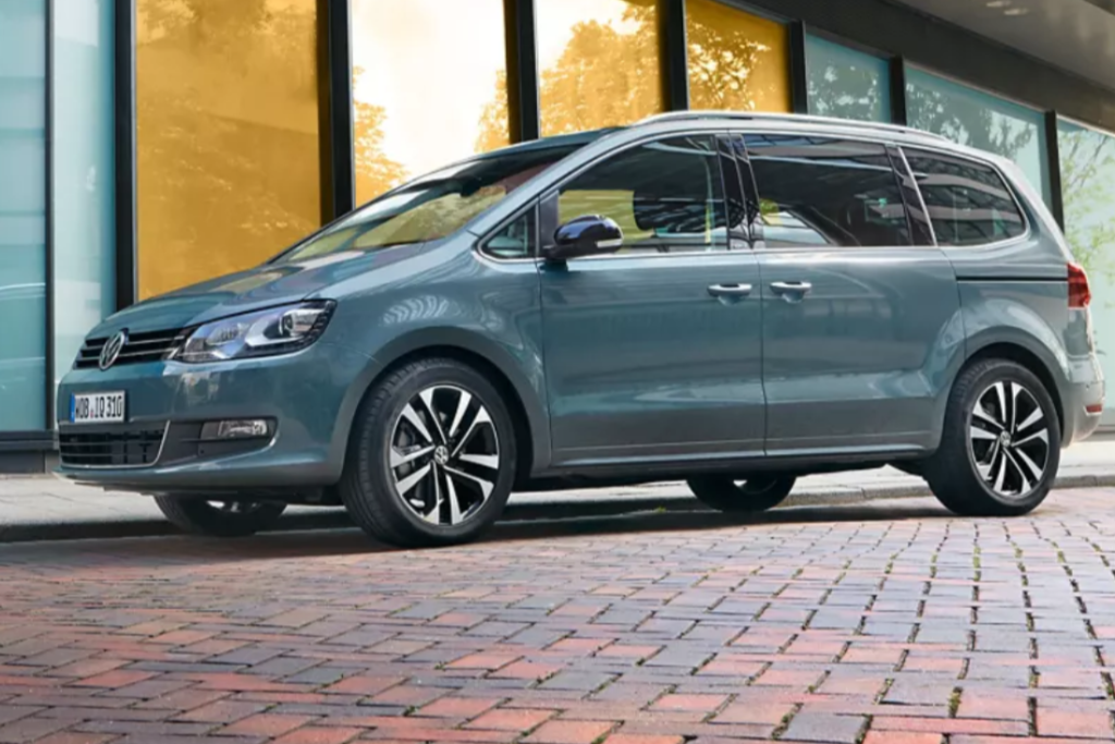 Volkswagen Sharan 2019 ottiene 4 stelle Euro NCAP [VIDEO]