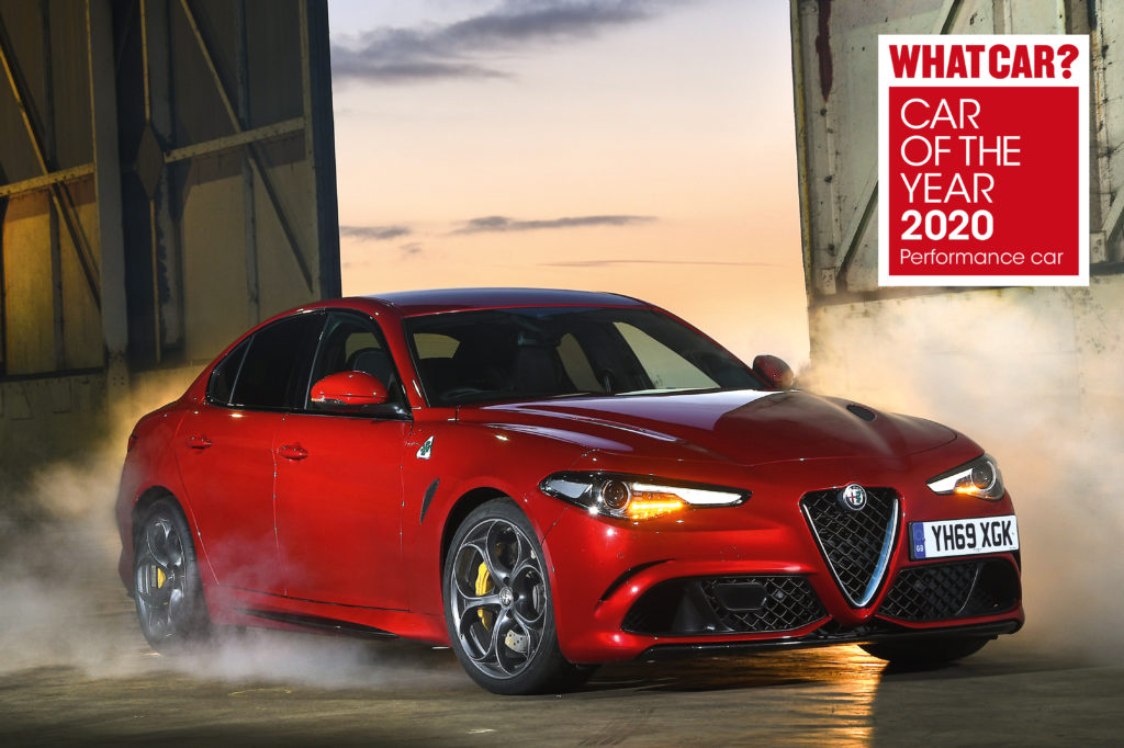 "Alfa Romeo Giulia Quadrifoglio: tripletta al ""Car of the Year 2020"" della rivista ""What Car?"""