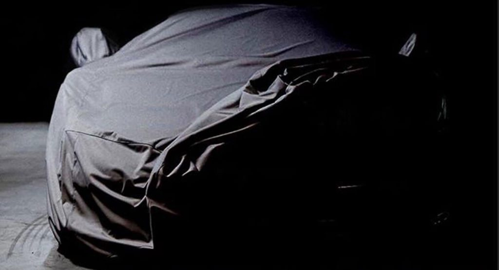 Bugatti, un'immagine suggerisce che sarebbe in cantiere una nuova Hypercar [TEASER]