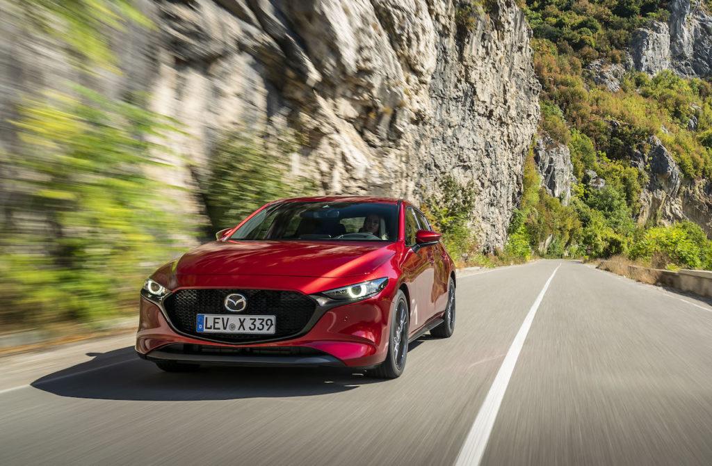 Mazda3: arriva il nuovo ibrido benzina da 150 cavalli