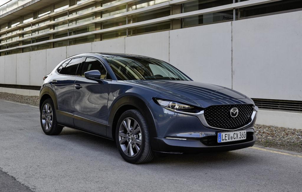 Mazda CX-30: entra in gamma l'ibrido benzina da 150 CV