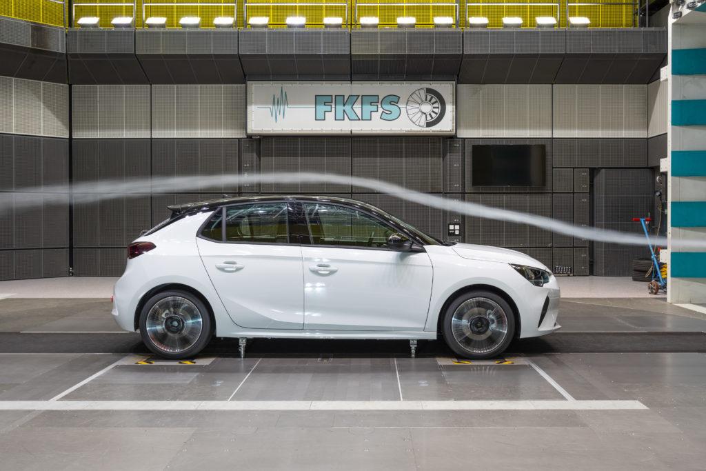 Nuova Opel Corsa svela i segreti dell'efficienza