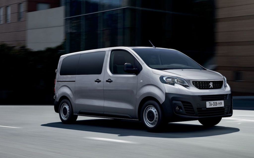 Peugeot Expert Combi: arriva la versione 2.0 diesel con cambio automatico