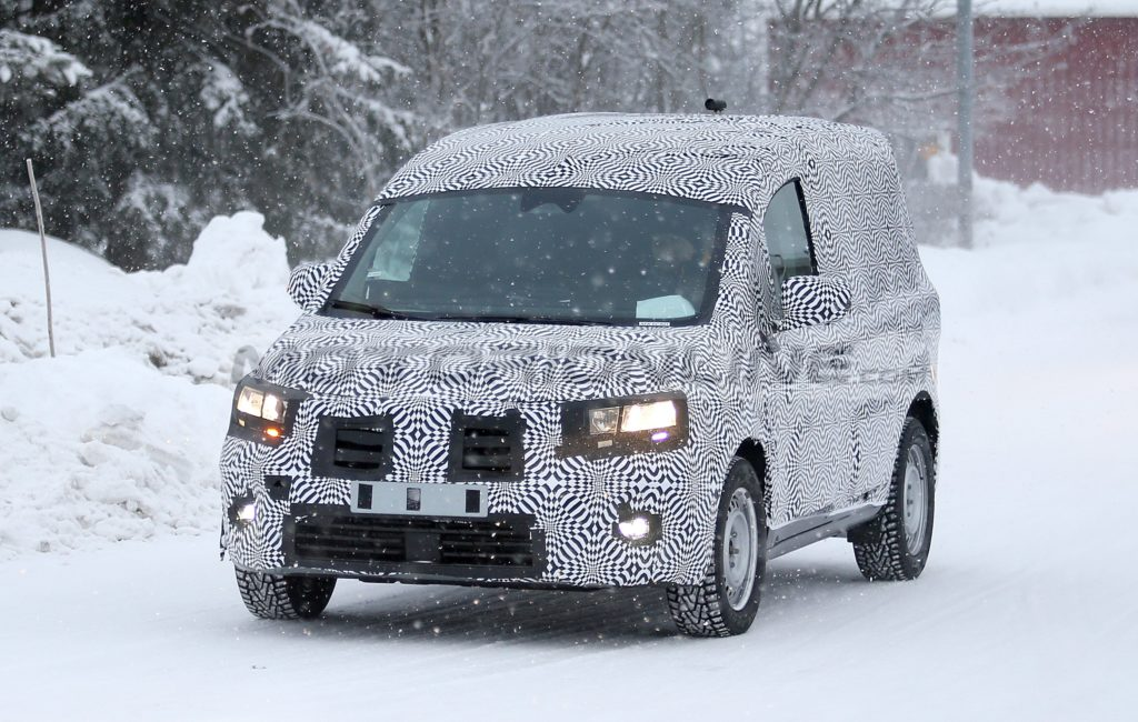 Renault Kangoo 2021 - Foto spia 28-01-2020