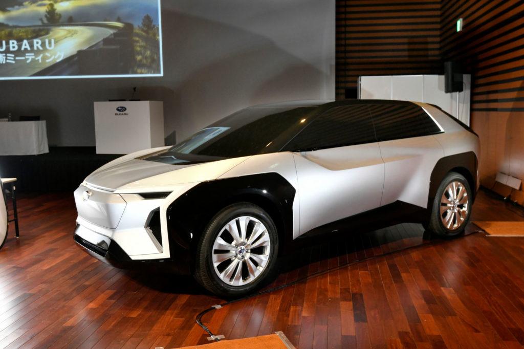 Subaru ha deciso: ecco motori ibridi ed elettrici grazie a Toyota. In arrivo un cross-over [FOTO]