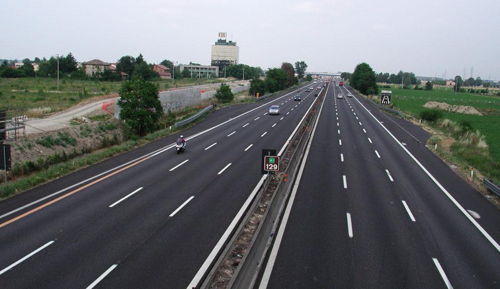 Autostrade: piano da 7,5 miliardi di euro, nuove assunzioni e manutenzione potenziata
