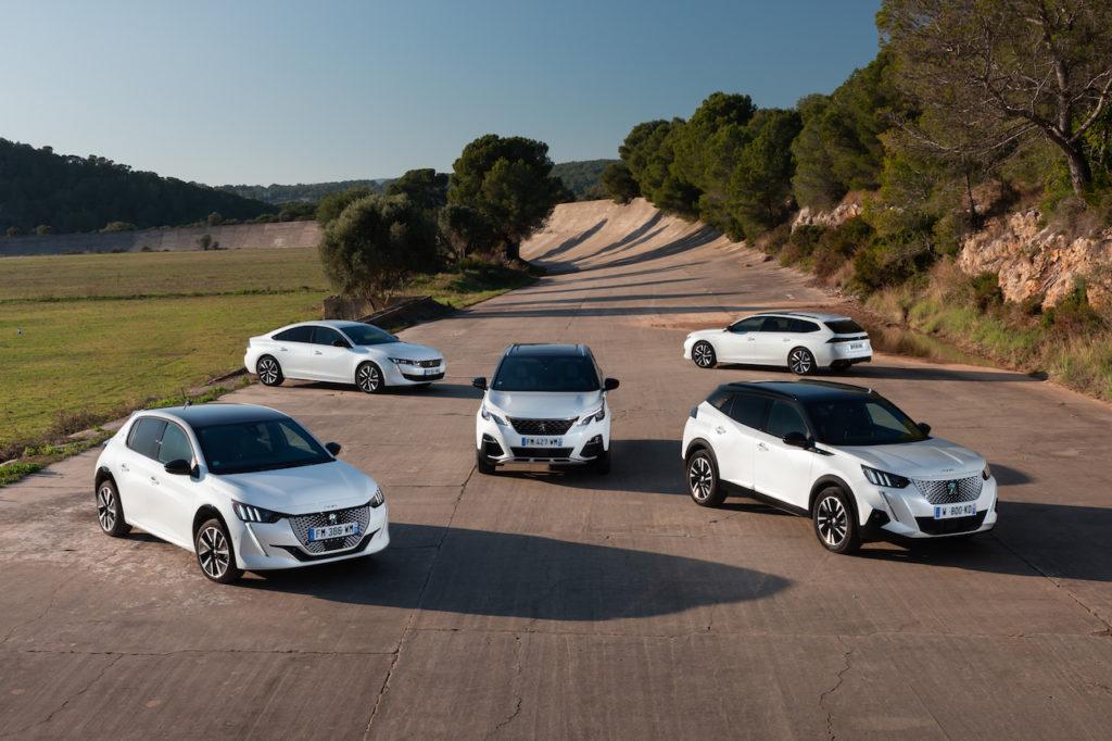 Peugeot: una gamma elettrificata per circolare durante i blocchi del traffico