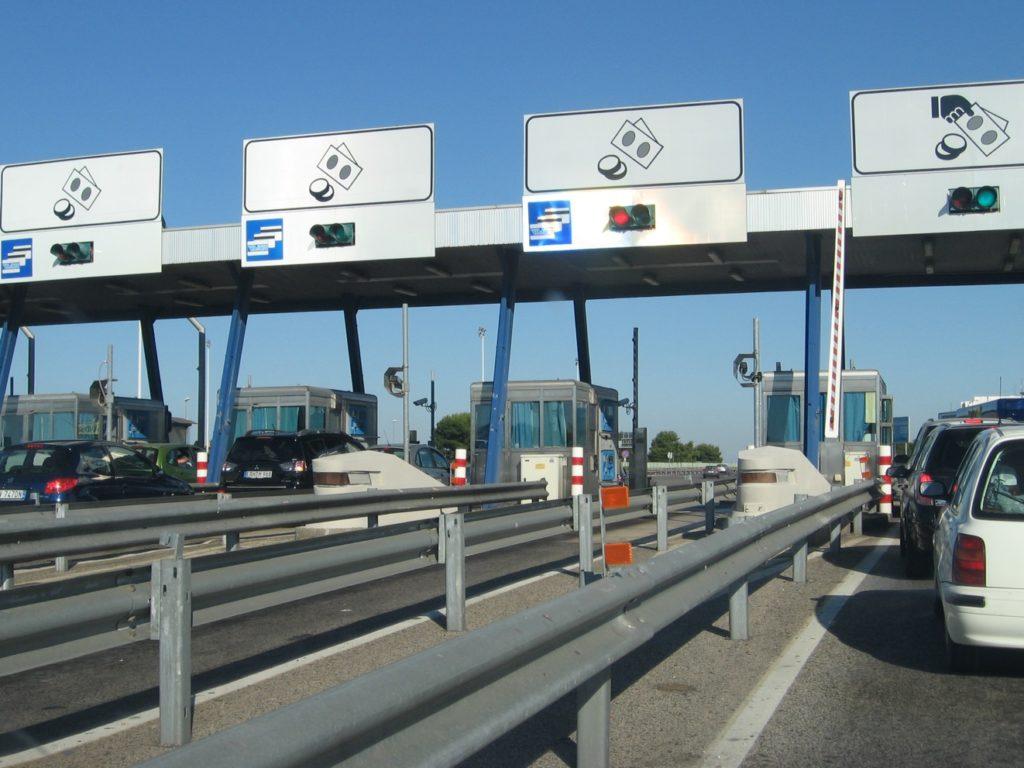 Pedaggi autostradali, il rinvio dell'adeguamento non è per tutti: a Milano aumentano Brebemi e Pedemontana