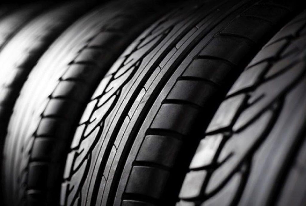 Pneumatici, marche e modelli più cercati in Italia: Michelin e Bridgestone dominano, assente Pirelli