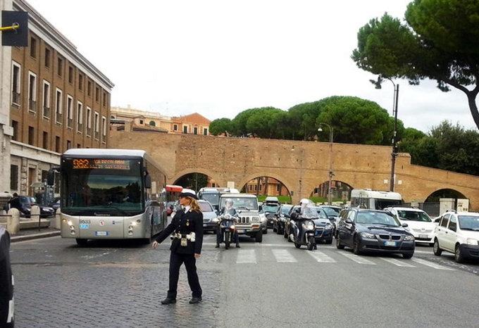 Blocco auto Roma: stop anche ai diesel Euro 6 nella Capitale