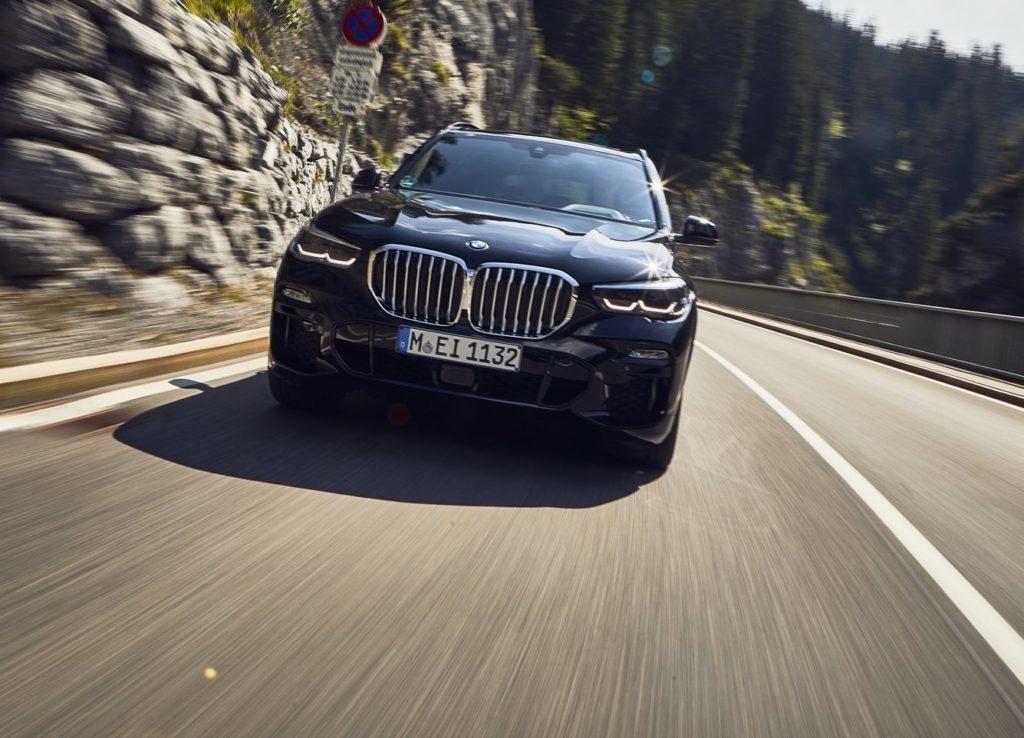 BMW X5 e X6 2020: ecco i nuovi motori ibridi e quanto consumano