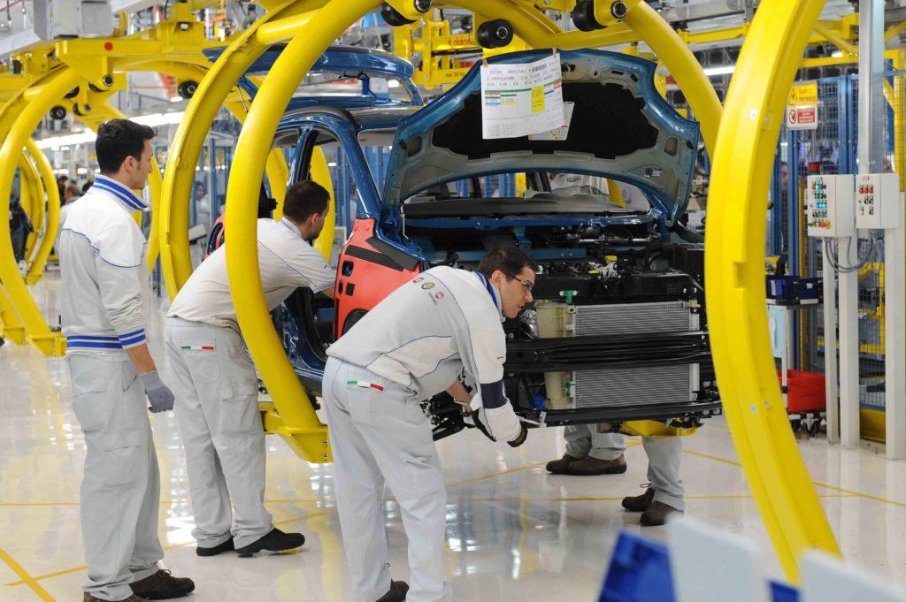 FCA: bonus ai dipendenti italiani di 1.350 euro