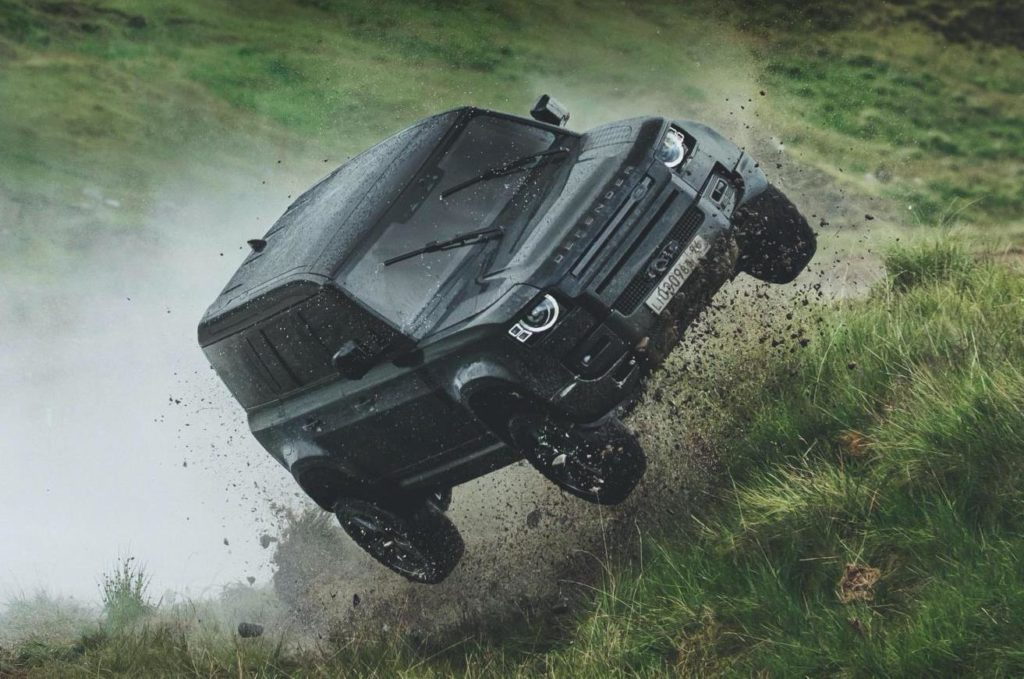 Land Rover Defender - Set film No Time To Die