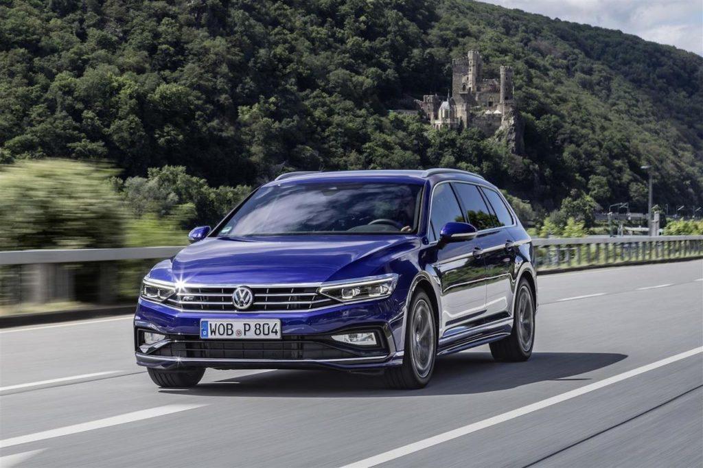 Volkswagen Passat: il futuro potrebbe essere solo elettrico