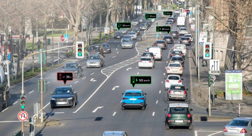Audi, su strada a Dusseldorf i primi modelli in grado di comunicare con le infrastrutture
