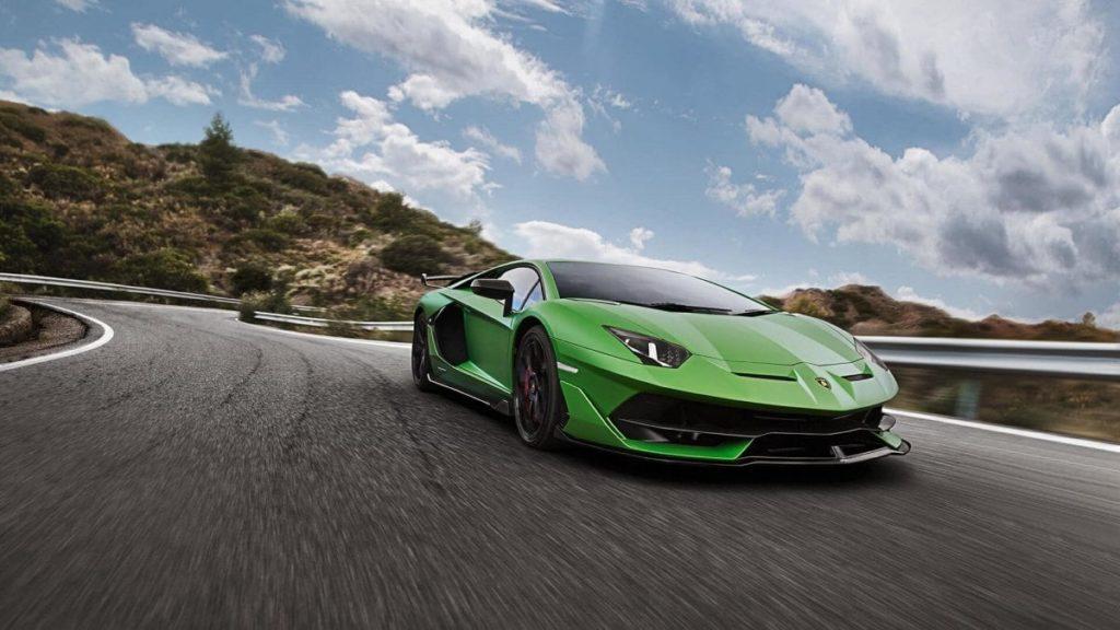 Lamborghini Aventador SVJ richiamate in fabbrica: ecco perché