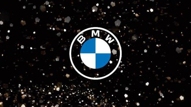 BMW: un nuovo logo per la comunicazione del marchio tedesco