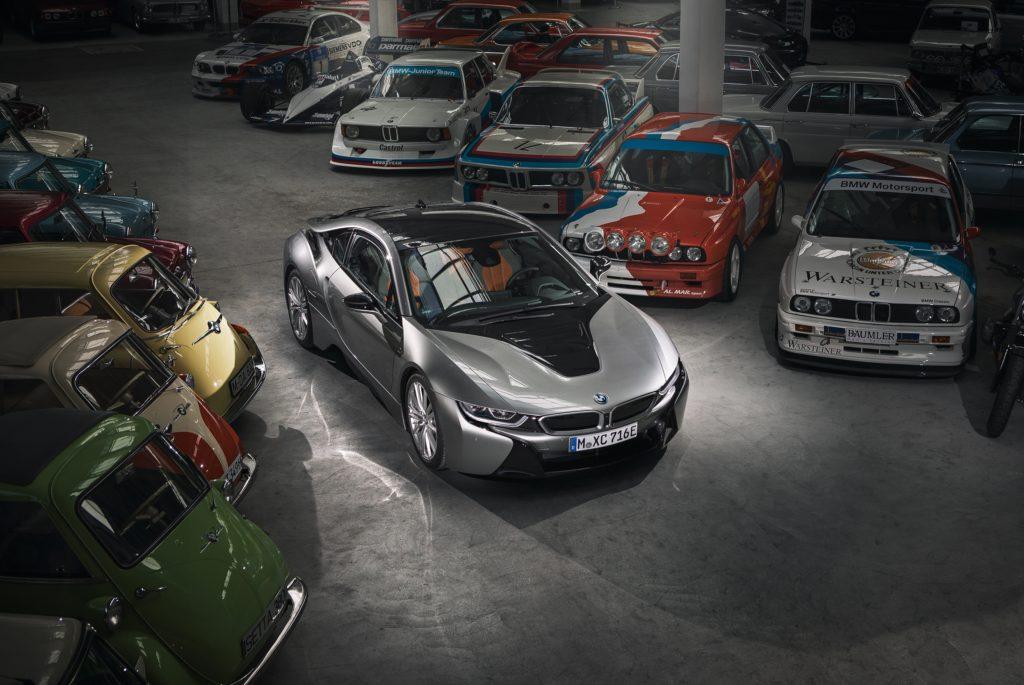 BMW i8, cala il sipario sulla sportiva ibrida: stop alla produzione ad aprile