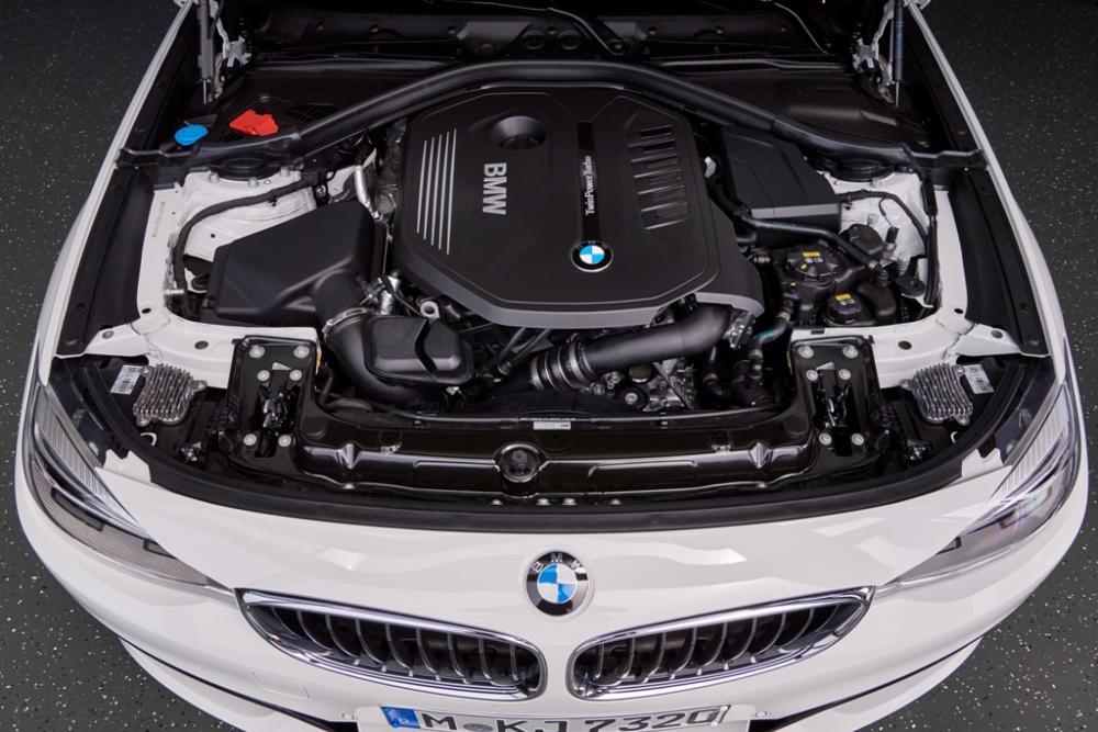 BMW: dal 2021 meno motori diesel-benzina per gli elettrificati