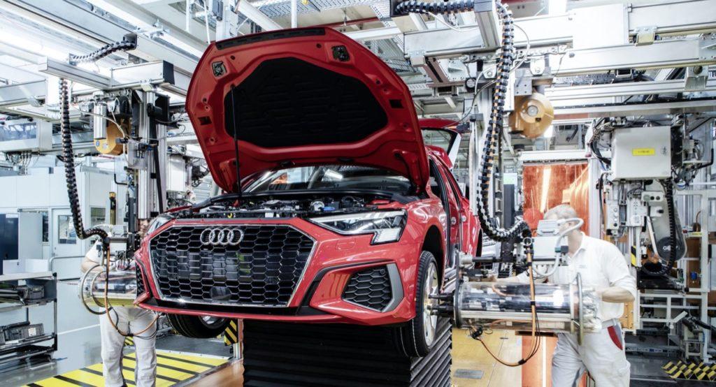 Coronavirus: la Germania rischia 100 mila posti di lavoro per l'industria dell'auto