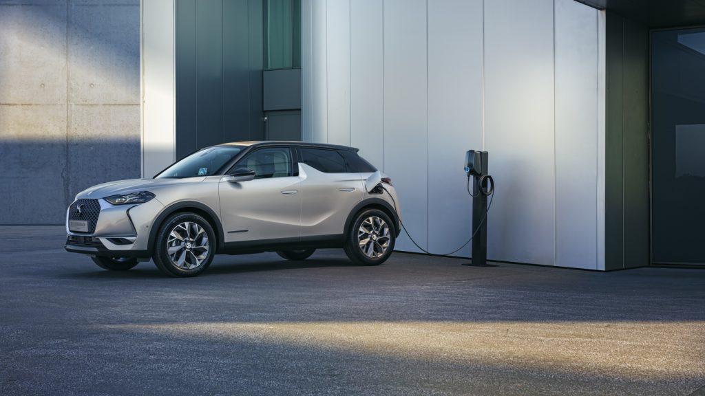DS3 Crossback E-Tense: come si ricarica un'auto elettrica o ibrida plug-in?