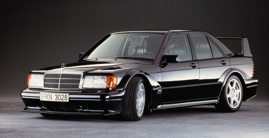 Mercedes 190 E 2.5-16 Evolution II: un mito che compie 30 anni