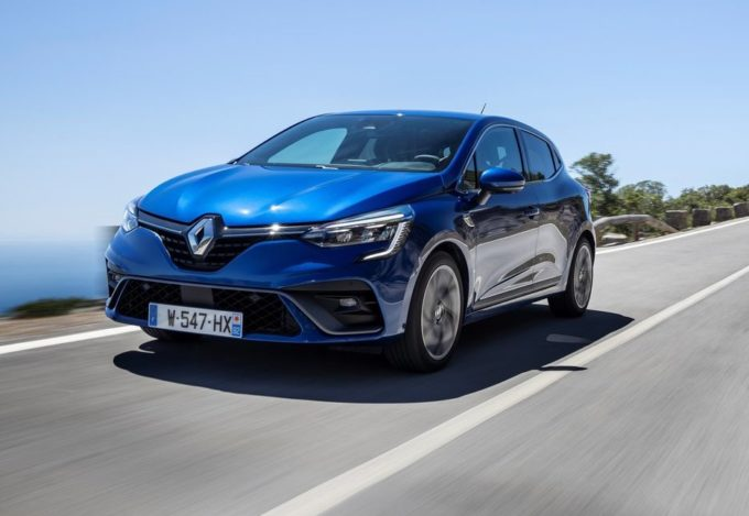 Renault Clio è l'auto più venduta in Europa a febbraio