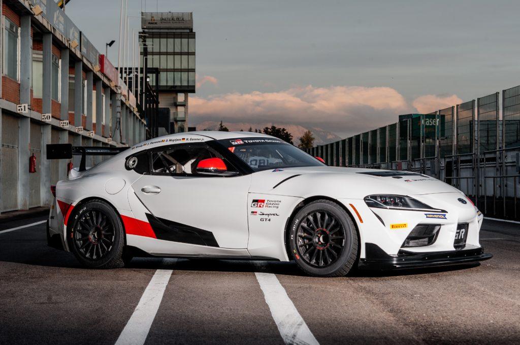 Toyota GR Supra GT4 2020: già in pista dopo l'omologazione