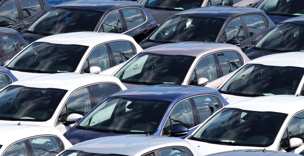 Mercato auto, a febbraio in Italia flessione dell'8,8%