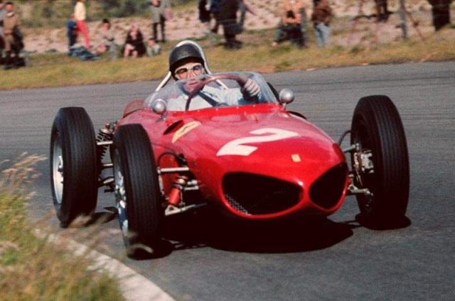 """Ferrari F1 156 1961: il """"naso di squalo"""" in VIDEO a Imola e Goodwood"""