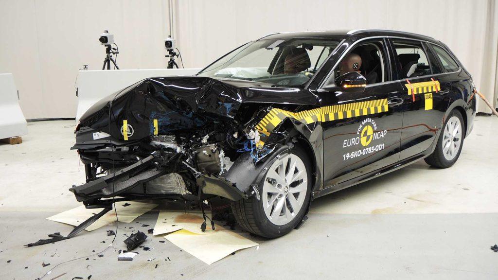 Skoda e la nuova struttura per i crash test: parola d'ordine Sicurezza