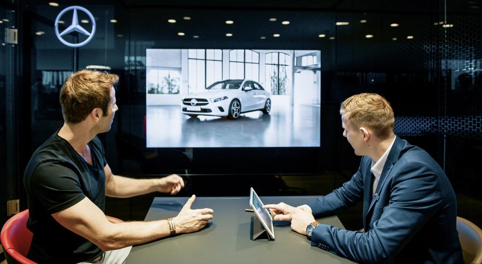 Mercedes: showroom online a gonfie vele. Sarà per la nuova GLB?
