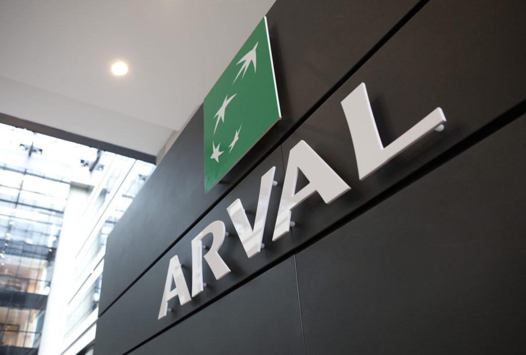 Coronavirus, Arval Italia dona 100.000 euro e 55 veicoli per la lotta al Covid-19