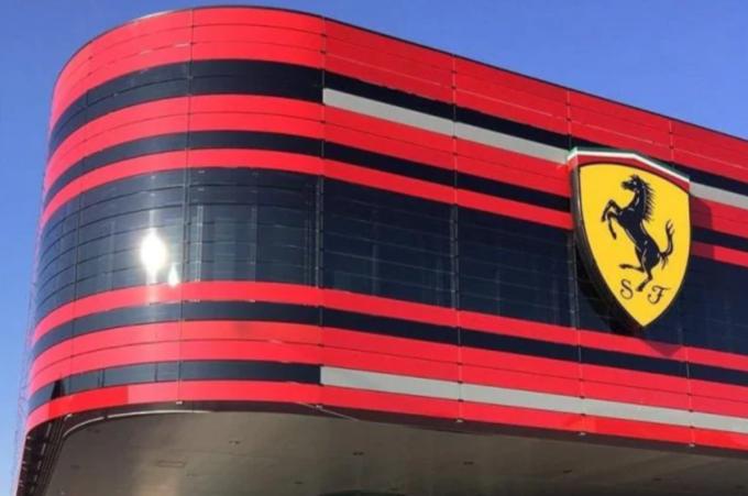 Coronavirus, Ferrari proroga la sospensione della produzione fino al 3 maggio