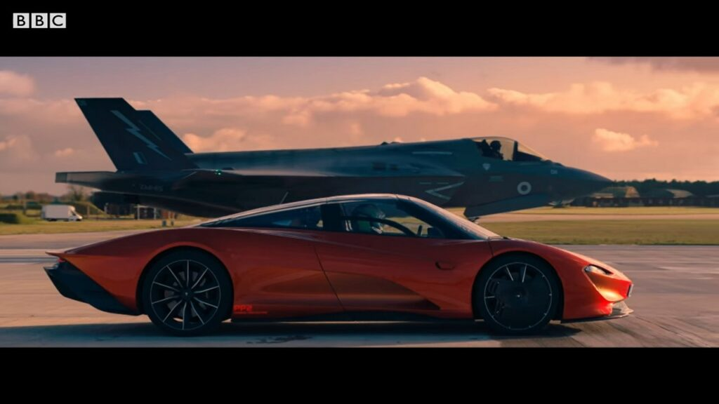 McLaren Speedtail vs F-35 Fighter Jet