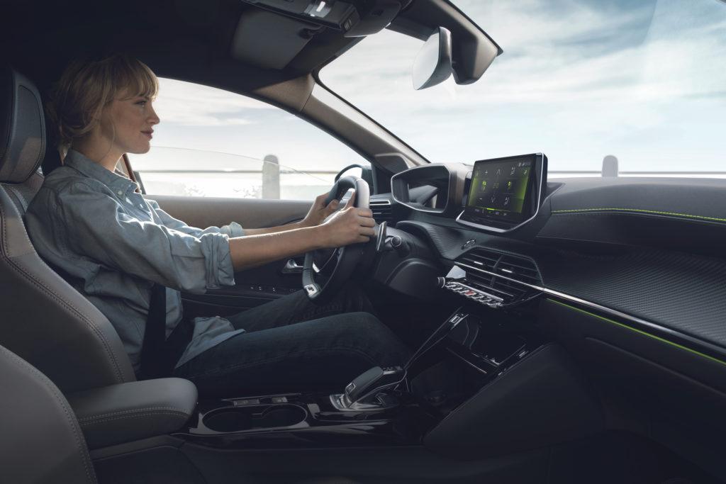 Nuova Peugeot 208: tutta la tecnologia dell'i-Cockpit 3D [VIDEO]