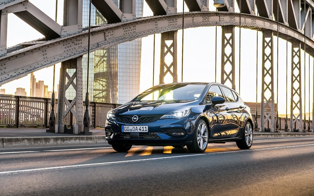 Opel Astra 2020: la sicurezza in primo piano [VIDEO]